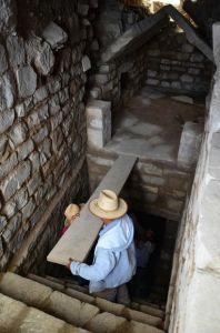 Αρχαιοελληνικοί Τάφοι στην Oaxaca του Μεξικό (video)