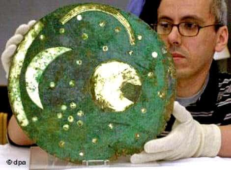 Δίσκος Νέμπρα - Αδιάψευστη απόδειξη ελληνικής παρουσίας στην Γερμανία πριν από το 1600 π.Χ.