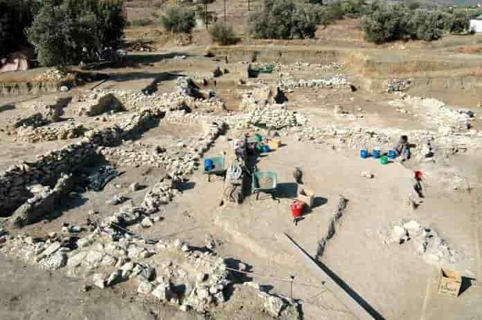ΤΟ 2350 π.Χ ΕΔΩ ΕΙΧΑΜΕ ΒΙΟΜΗΧΑΝΙΕΣ