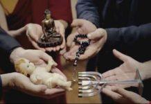 ΠΩΣ η ΑΓΑΠΗ θα ΦΕΡΕΙ την ΠΑΝΘΡΗΣΚΕΙΑ και ΥΣΤΕΡΑ την ΠΑΓΚΟΣΜΙΑ ΔΙΑΚΥΒΕΡΝΗΣΗ (video)