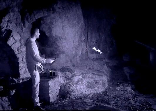 Καταγράφεται Ηλιακή Οντότητα σε Σπήλαιο του Πανός (πηγή Κυράς - Πάρνηθα)