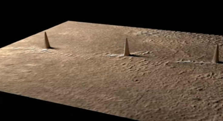 3 «Πύργοι» στον Άρη σε Απόλυτη Ευθεία, δεν μπορεί να είναι Σύμπτωση (video)