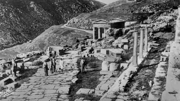 """Τι «Κρύβει» ο """"Θησαυρός των Αθηναίων"""" στους Δελφούς"""