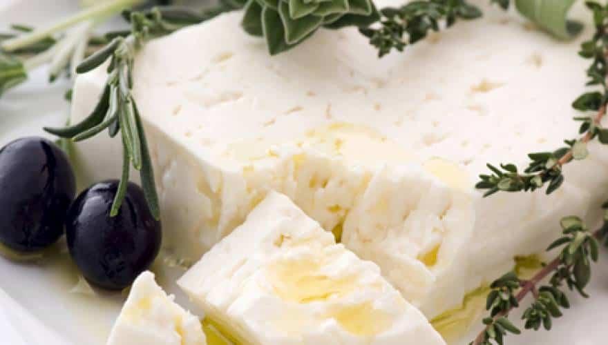 Η ελληνική φέτα είναι το πιο υγιεινό τυρί στον κόσμο