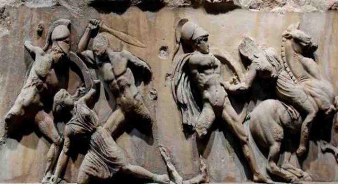 Η Ιστορία της Ελλάδας από το 2600 π.Χ έως Σήμερα σε ένα επτάλεπτο video