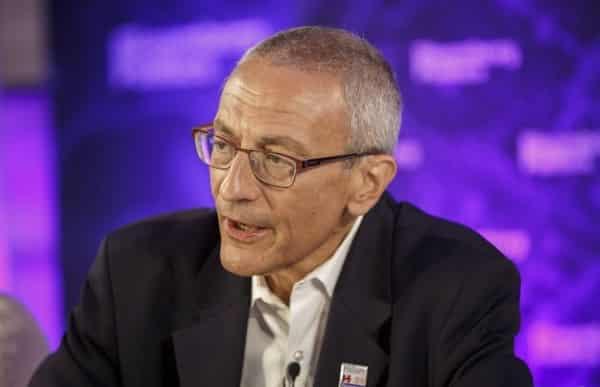 Wikileaks: Πρώην αστροναύτης των ΗΠΑ ζητούσε επίμονα συνάντηση με τον Ομπάμα για τα … ΑΤΙΑ!