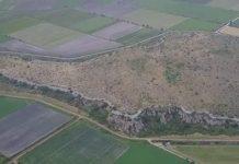 Η Εκπληκτική Μυκηναϊκή Ακρόπολη που Ήταν Κάποτε Νησί (video)