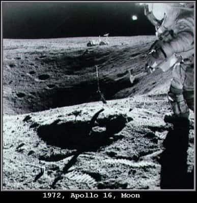 Μοναδικό Ντοκουμέντο από τα Αρχεία της NASA! Δείτε τι Κρύβεται στη Σελήνη!! (Βίντεο & Εικόνες)