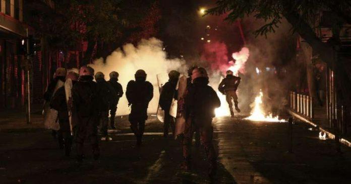 Βυθίζουν την Ελλάδα στο Χάος. Ετοιμαστείτε για Αυτά που Έρχονται (ΒΙΝΤΕΟ)