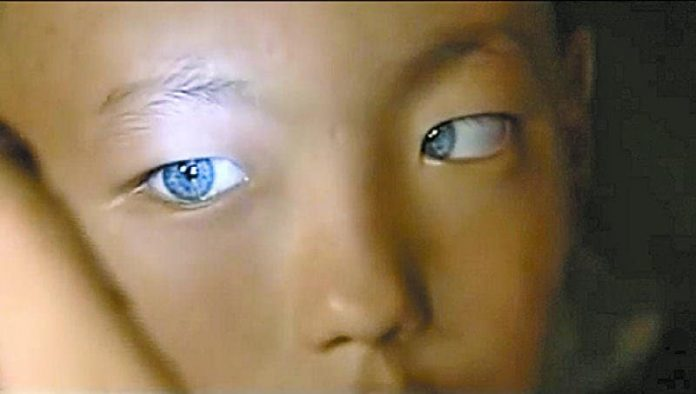 Παιδί Νέας και Εξελιγμένης Ανθρώπινης Φυλής Ζει στην Κίνα και Κατέχει μία Υπεράνθρωπη Ιδιότητα!