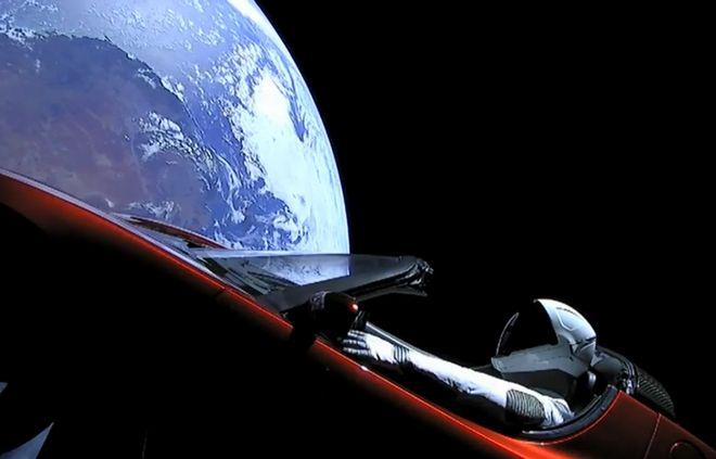 Λίγοι Γνωρίζουν τι Κάνει ένα Αυτοκίνητο στο Διάστημα. Ακόμα Λιγότεροι Γνωρίζουν τι Κατέγραψε μέσα από το Falcon Heavy!!! (video)
