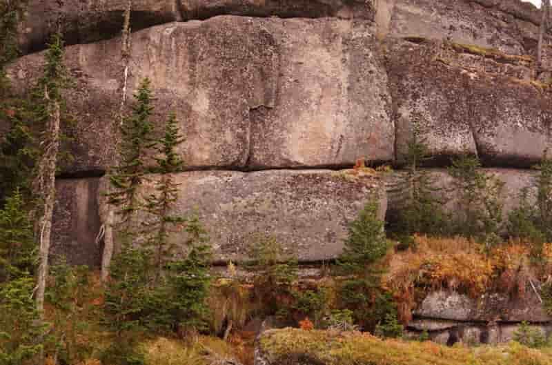 Βρέθηκε Εγκατάσταση των Αρχαίων Υπερβορείων στα Βουνά της Σιβηρίας