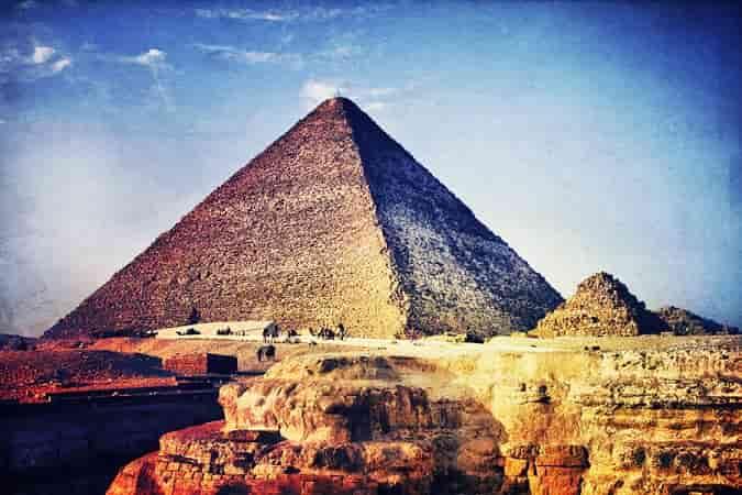 Γιατί η Μεγάλη Πυραμίδα χτίστηκε σε Αυτό το Μέγεθος και όχι σε κάποιο άλλο; Τι Σκοπούς Εξυπηρετούσε;