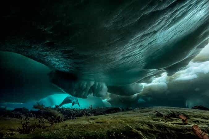 Αυτός είναι ο Μυστικός Κόσμος Κάτω Από την Ανταρκτική