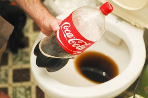 Πως να Απομακρύνω τα Άλατα από το Μπάνιο με Φυσικό Τρόπο ΧΩΡΙΣ ΧΗΜΙΚΑ