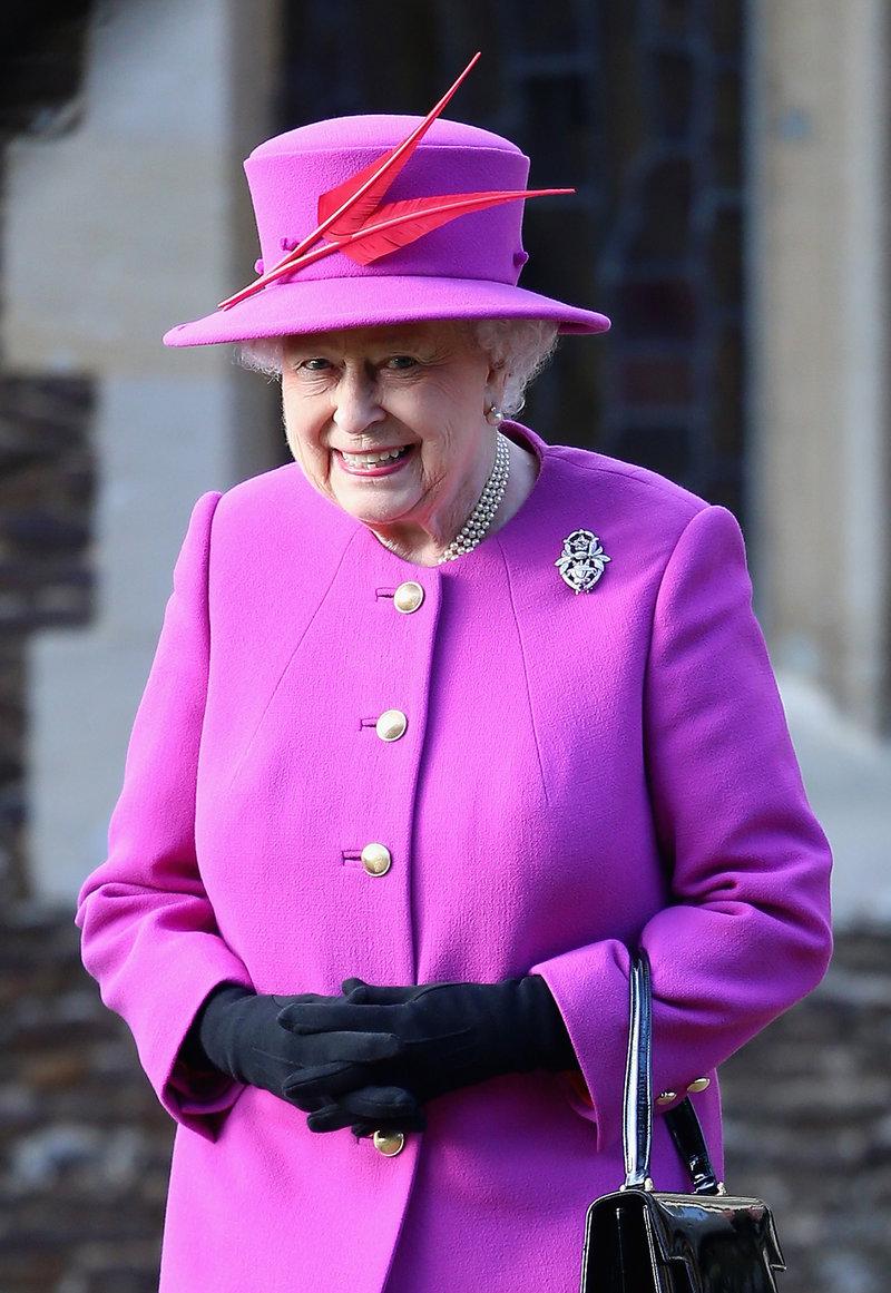 Ιδού Αυτός Είναι ο Λόγος που η Ελισάβετ Ντύνεται με τόσο Έντονα Χρώματα Πάντα