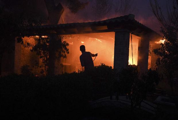 Τι Κάνουμε σε Περίπτωση Πυρκαγιάς. Μέτρα Προστασίας που ΠΡΕΠΕΙ ΝΑ ΞΕΡΟΥΜΕ