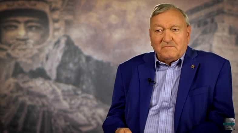 Erich von Däniken: Ό,τι Ξέρεις Έρχεται να Αλλάξει (video)