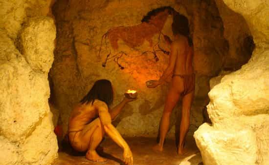Οι «Άνθρωποι των Σπηλαίων» ΔΕΝ Ζούσαν σε Σπηλιές Αλλά Ζωγράφιζαν Μέσα για Άλλους Λόγους