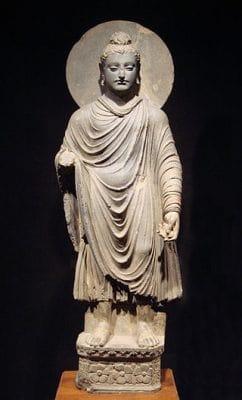 Αυτός Είναι ο Λόγος που Αγάλματα του Βούδα «Θυμίζουν» Απόλλωνα