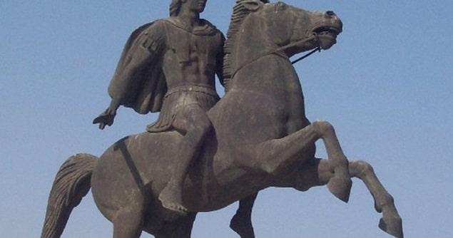 Μέγας Αλέξανδρος: Τι Ρόλο Έπαιξε η Έκλειψη Σελήνης πριν την Μάχη στα Γαυγάμηλα