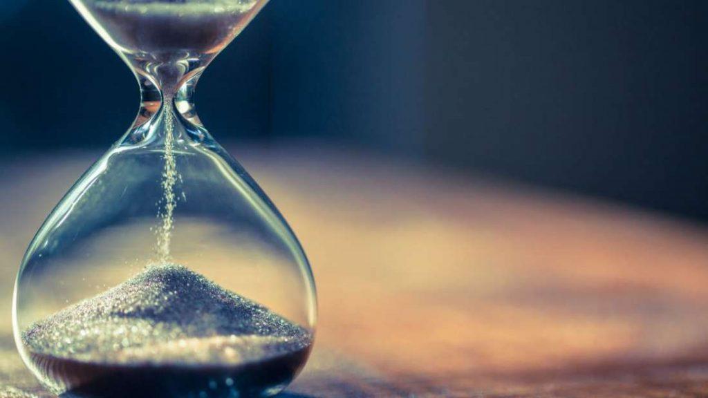 Γιατί ο Χρόνος Επιταχύνει Καθώς Μεγαλώνουμε