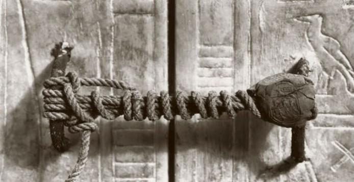 Η Πραγματική Σφραγίδα του Τάφου του Τουταγχαμών και Πώς Άντεξε 32 αιώνες το Σχοινί