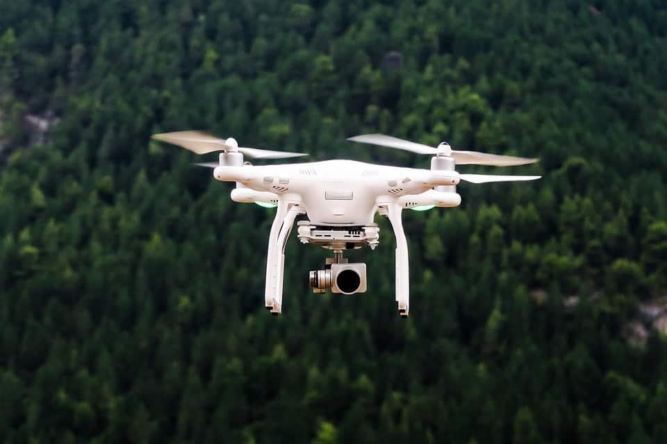 Κατασκοπεύουν Σπίτια στην Ελλάδα με drones. Ποιοι και Πως τα Χρησιμοποιούν