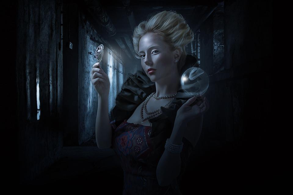 Ο Μαγικός Καθρέφτης της Αικατερίνης των Μεδίκων και οι Σκοτεινοί Μάγοι της, Nostradamus και Ruggeri…
