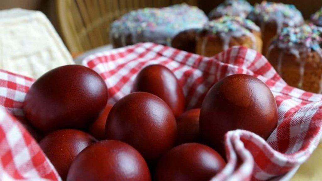 Το Κολπάκι με το Βετέξ και 3 Tips για να Μην Σπάνε τα Πασχαλινά Αυγά