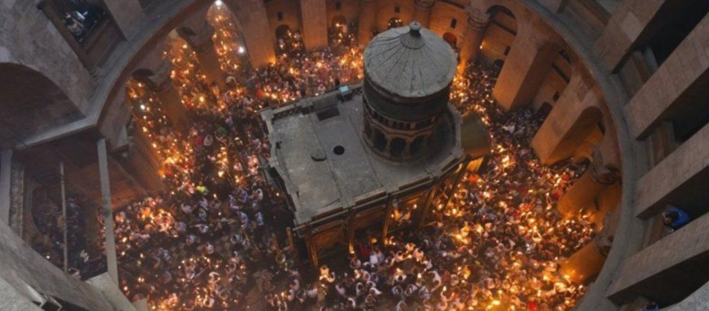 «Κάποια χρονιά δεν θα βγει το Άγιο Φως - Θα είναι η εποχή…»: Συγκλονιστική μαρτυρία από τον Γέροντα Εφραίμ