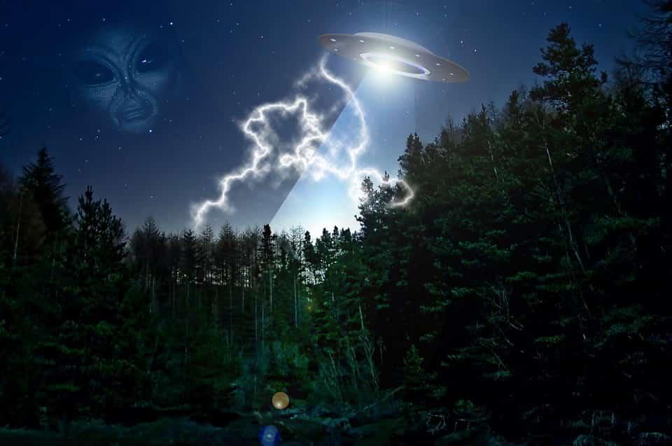 Η Φωτογραφία του Εξωγήινου που Όλοι Νομίζουν ότι Είναι Ψεύτικη Αλλά Είναι 100% Αληθινή