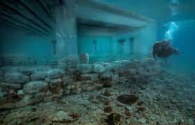 4 μέτρα κάτω από τη θάλασσα: Η πιο αρχαία υποβρύχια πόλη στον κόσμο βρίσκεται στην Ελλάδα – Εικόνες!