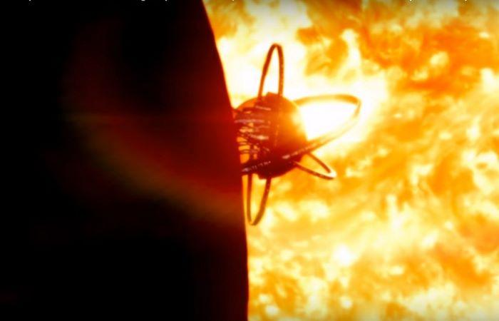 Τεράστια Σφαίρα σε Διαστάσεις του Δία Εντοπίστηκε στον Ηλιακό Δίσκο να Κινείται με Ταχύτητα (video)