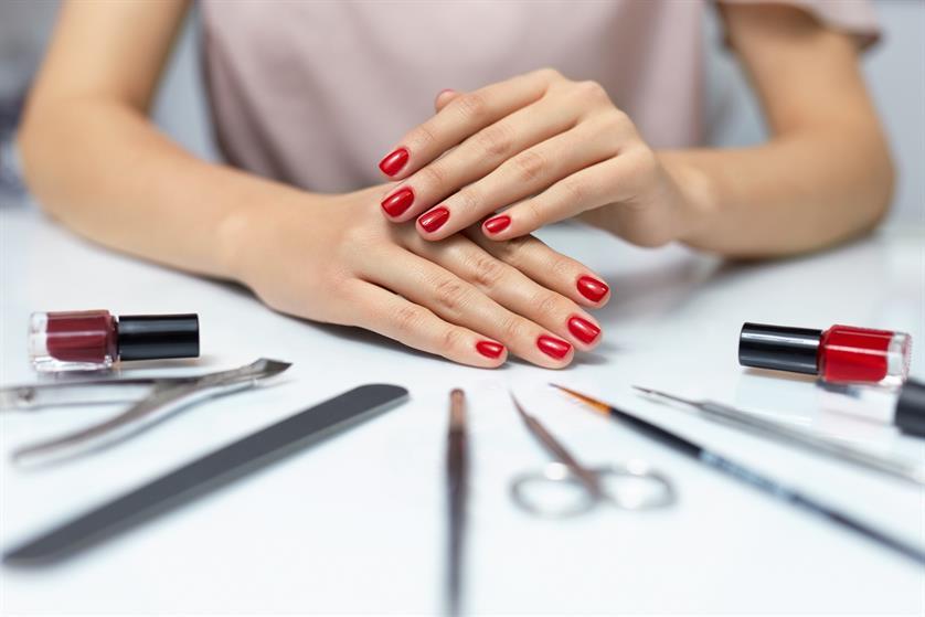 Πως να Αφαιρέσεις Μόνη σου το Ημιμόνιμο από τα Νύχια σου με Εύκολο Τρόπο