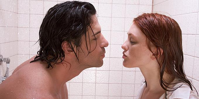 Γιατί το Κοκό στο Μπάνιο Είναι μία Πολύ Δύσκολη Υπόθεση όσο φανταστικό κι αν φαίνεται στις ταινίες!
