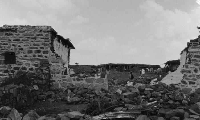 Το UFO που επιτέθηκε σε ένα χωριό καταστρέφοντας σπίτια, δέντρα, δρόμους και αφήνοντας νεκρούς