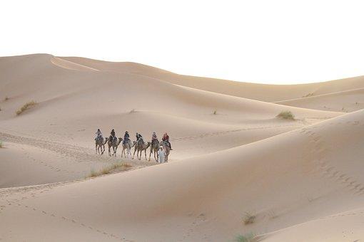 Η πιο μυστηριώδης φυλή της Σαχάρας μέσα από τα μάτια εξερευνητών που την συνάντησαν