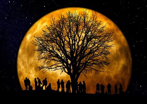 Πώς το φεγγάρι επηρεάζει τον ανθρώπινο οργανισμό