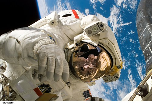 Ελένη Αντωνιάδου: Τι συμβαίνει με την «ερευνήτρια της NASA»; Ποια είναι η σχέση της με τη NASA; Έπρεπε να βραβευτεί ή όχι;