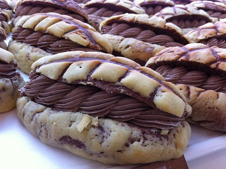 Τοστ με μπανάνες και σοκολάτα στο φούρνο. Εύκολο και γρήγορο