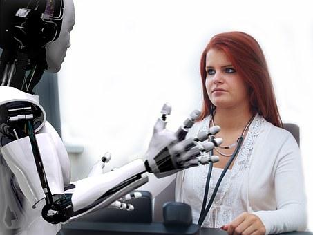 Πρώην εργαζόμενη στην Google προειδοποιεί ότι «φονικά ρομπότ» μπορεί να προκαλέσουν έναν «κατά λάθος πόλεμο»