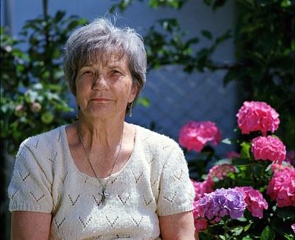 Αλτσχάιμερ: 10 ενδεικτικές ερωτήσεις που αποκαλύπτουν τα πρώιμα συμπτώματα
