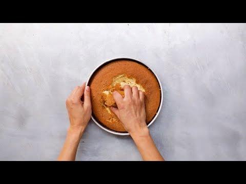 Πέντε συνταγές να αξιοποιήσετε το κέικ που απέτυχε