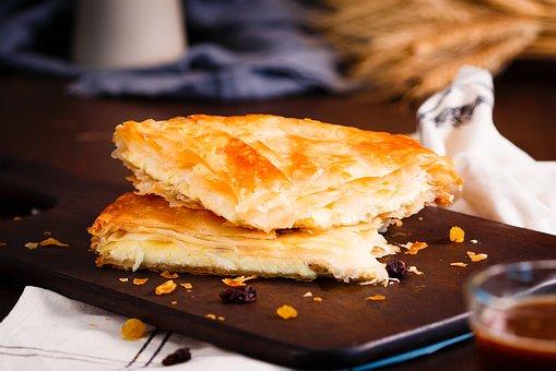 Τυρόπιτα στο τηγάνι πανεύκολα και γρήγορα με την Ελένη Ψυχούλη