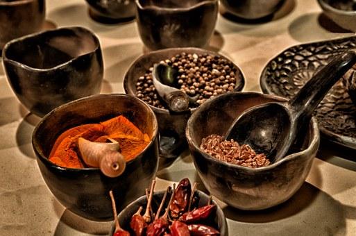 Για να ζήσετε περισσότερο βάλτε πιπέρι στο φαγητό και τρώτε πικάντικα