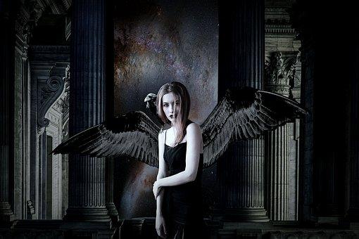 Η κρυμμένη σκοτεινή προσωπικότητα σας σύμφωνα με το ζώδιο σας