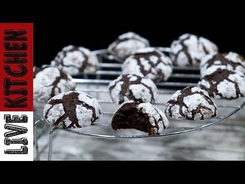 Σοκολατένια μπισκότα κρακελέ για τον καφέ και κάθε περίσταση