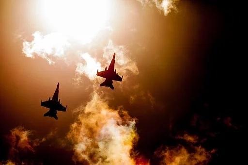 Τι θα συμβεί σε ένα πιθανό πόλεμο Τουρκίας και ΗΠΑ και το ενδεχόμενο ανατροπής του Ερντογάν. Ένα σενάριο που εξετάζουν αναλυτές