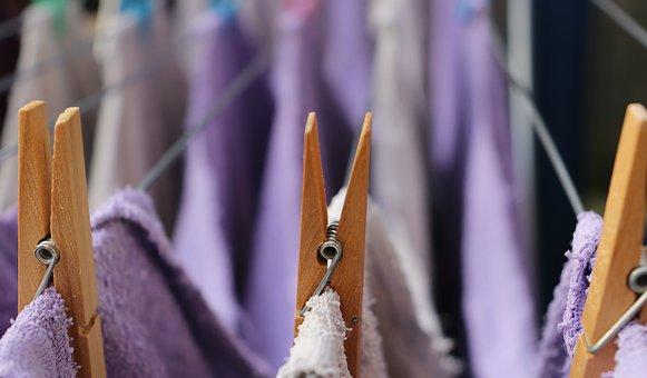 Πως να κάνουμε τα ρούχα να στεγνώσουν γρηγορότερα